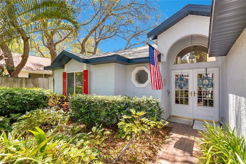 1712 AUTUMNWOOD STREET, Tarpon Springs, FL 34689 - MLS#: W7832468