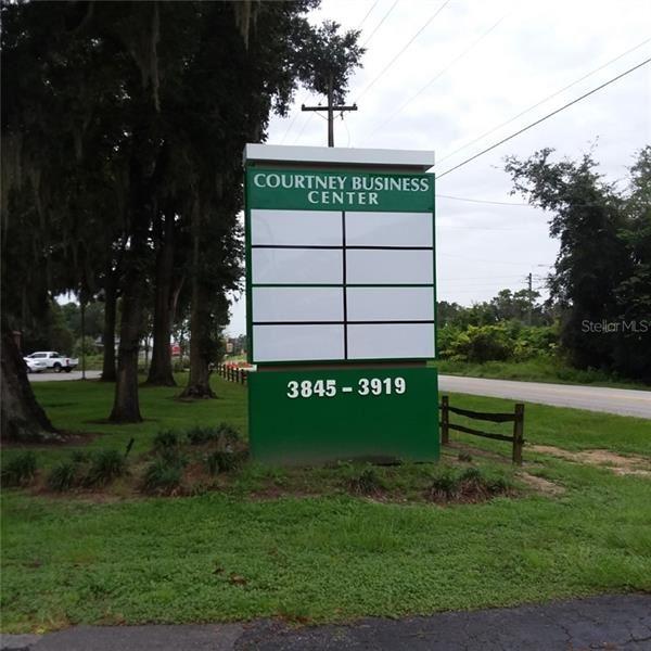 3877 SE Lake Weir AVENUE, Ocala, FL 34480 - MLS#: OM562470
