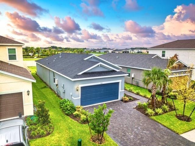 Photo of 5416 LOS ROBLES COURT, PALMETTO, FL 34221 (MLS # O5892476)