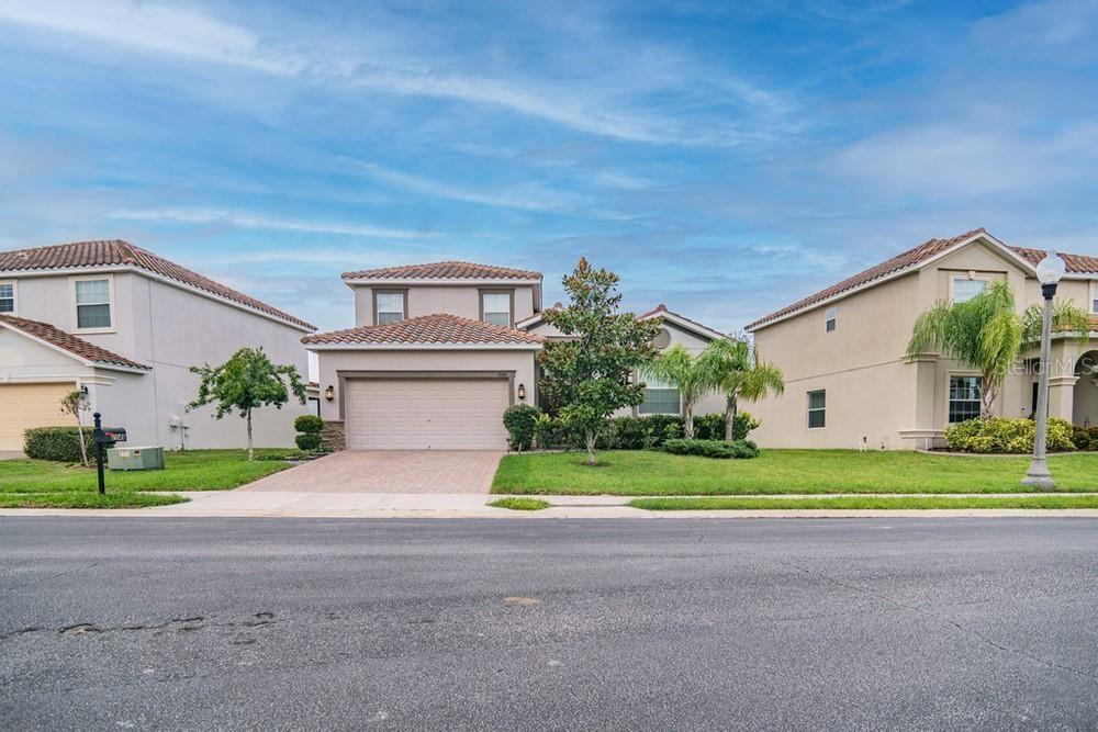 2049 LAKE SIDE AVENUE, Davenport, FL 33837 - MLS#: W7835476