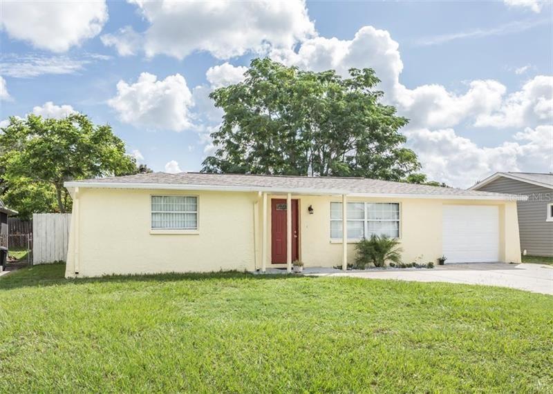 5034 SCHOOL ROAD, New Port Richey, FL 34653 - #: W7825478