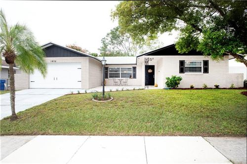 Photo of 1406 VALLEY PLACE, BRANDON, FL 33510 (MLS # T3271479)