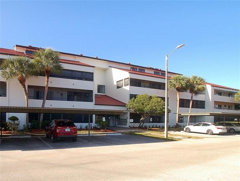2579 COUNTRYSIDE BOULEVARD #1105, Clearwater, FL 33761 - #: U8108479