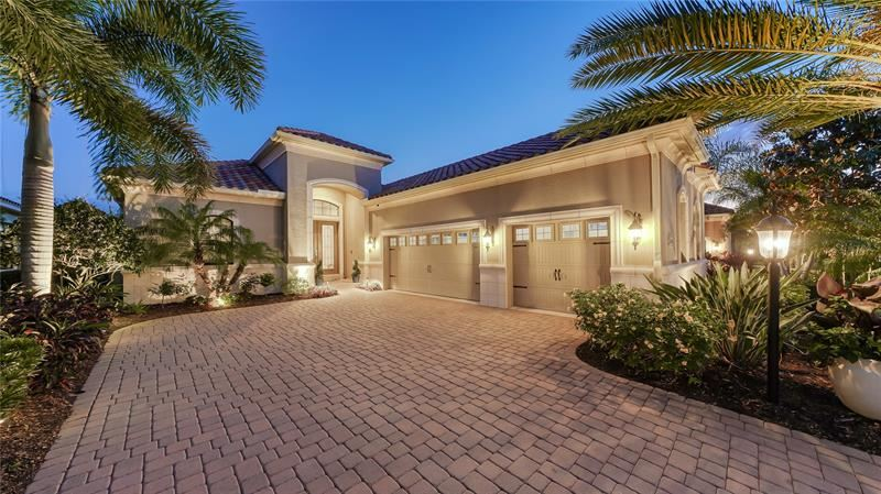Photo of 14618 CASTLE PARK TERRACE, LAKEWOOD RANCH, FL 34202 (MLS # A4498480)