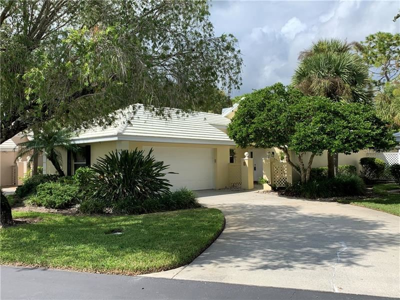 Photo of 715 BRIGHTSIDE CRESCENT DRIVE #38, VENICE, FL 34293 (MLS # U8102480)