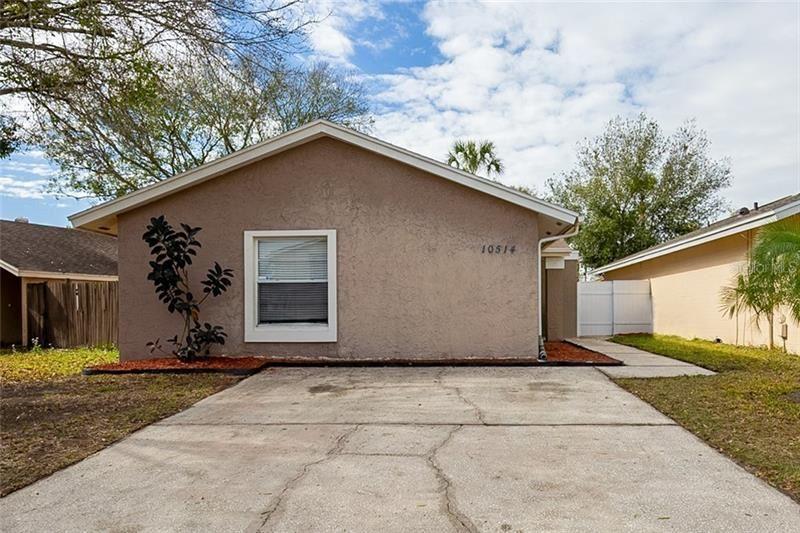 10514 PARKCREST DRIVE, Tampa, FL 33624 - MLS#: O5922481