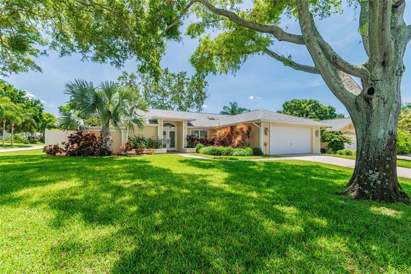 1562 VIRGINIA AVENUE, Palm Harbor, FL 34683 - MLS#: U8121481