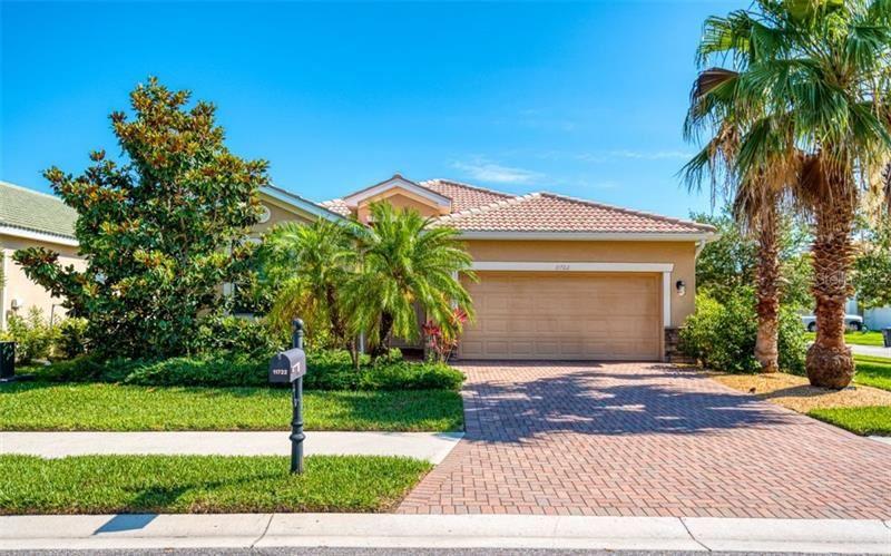 Photo of 11722 ANHINGA AVENUE, VENICE, FL 34292 (MLS # A4466485)