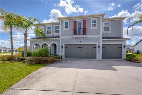 Photo of 17912 BARN CLOSE DRIVE, LUTZ, FL 33559 (MLS # T3292488)