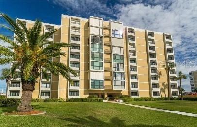 Photo of 851 BAYWAY BOULEVARD #101, CLEARWATER, FL 33767 (MLS # U8104489)