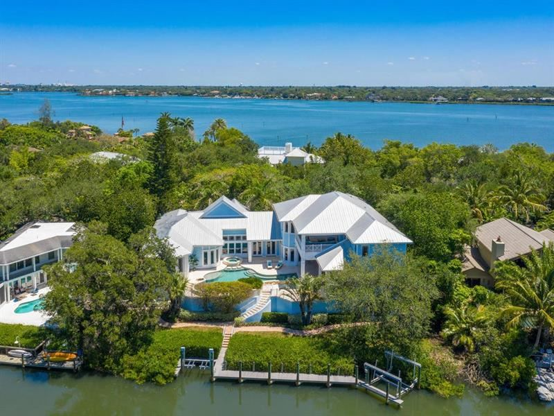 Photo of 5132 JUNGLE PLUM ROAD, SARASOTA, FL 34242 (MLS # A4467489)