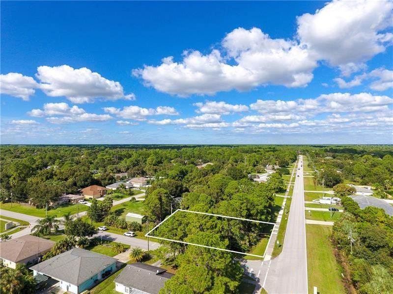Photo of S CRANBERRY BOULEVARD, NORTH PORT, FL 34286 (MLS # D6109489)