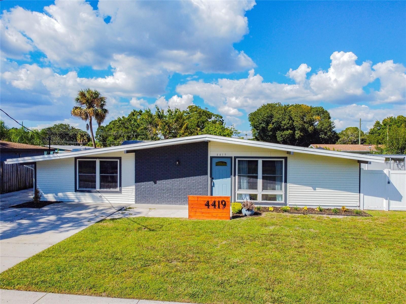4419 W MONTGOMERY AVENUE, Tampa, FL 33616 - #: T3329489