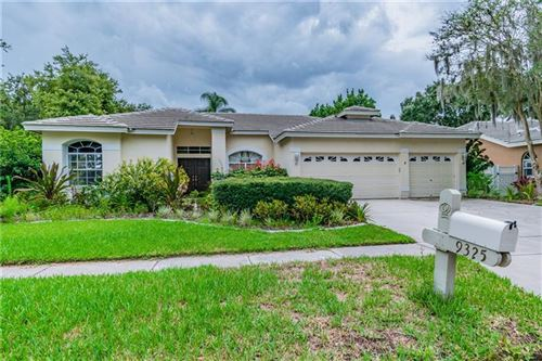 Photo of 9325 WELLINGTON PARK CIRCLE, TAMPA, FL 33647 (MLS # T3246490)
