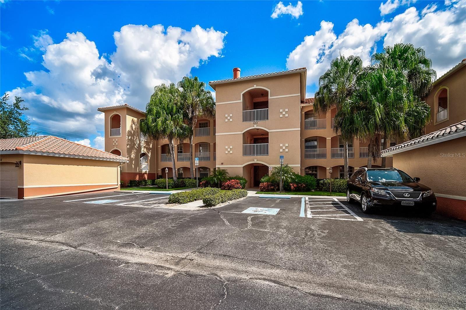 Photo of 150 L PAVIA BLVD #32, VENICE, FL 34292 (MLS # A4512490)