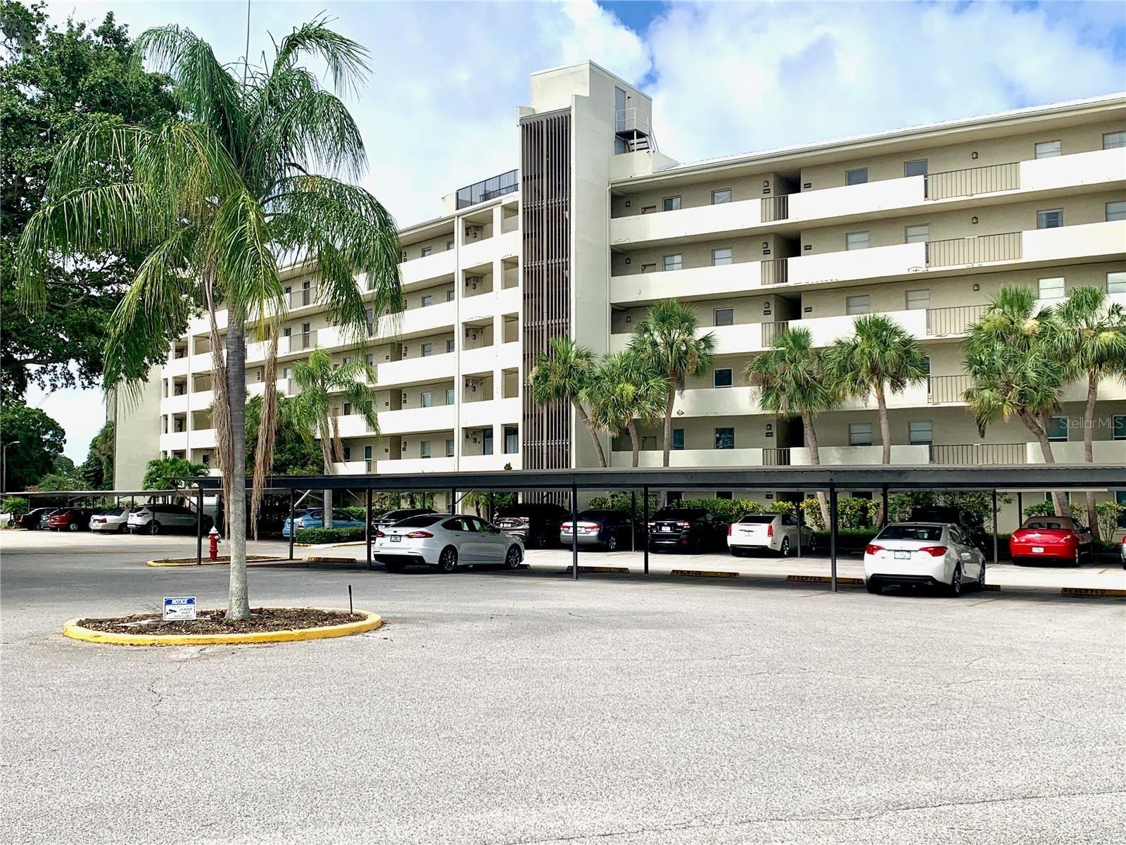 225 COUNTRY CLUB DRIVE #1607 Bld F, Largo, FL 33771 - MLS#: U8121490