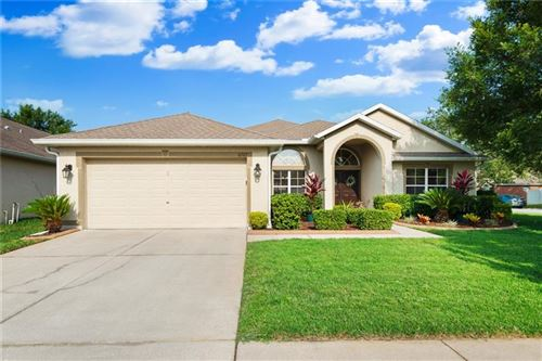 Main image for 6727 SPARKLING WAY, WESLEY CHAPEL,FL33545. Photo 1 of 33