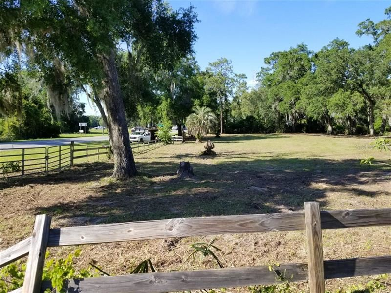 599 S US 301, Sumterville, FL 33585 - MLS#: S5046492