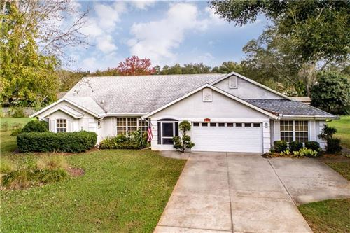 Photo of 2719 BAYVIEW DRIVE, EUSTIS, FL 32726 (MLS # G5024493)