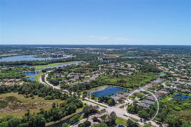Photo of 11111 WATER LILY WAY, LAKEWOOD RANCH, FL 34202 (MLS # A4464493)