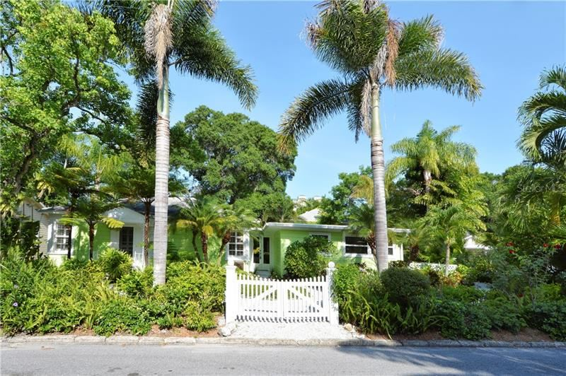 542 OHIO PLACE, Sarasota, FL 34236 - #: A4488498