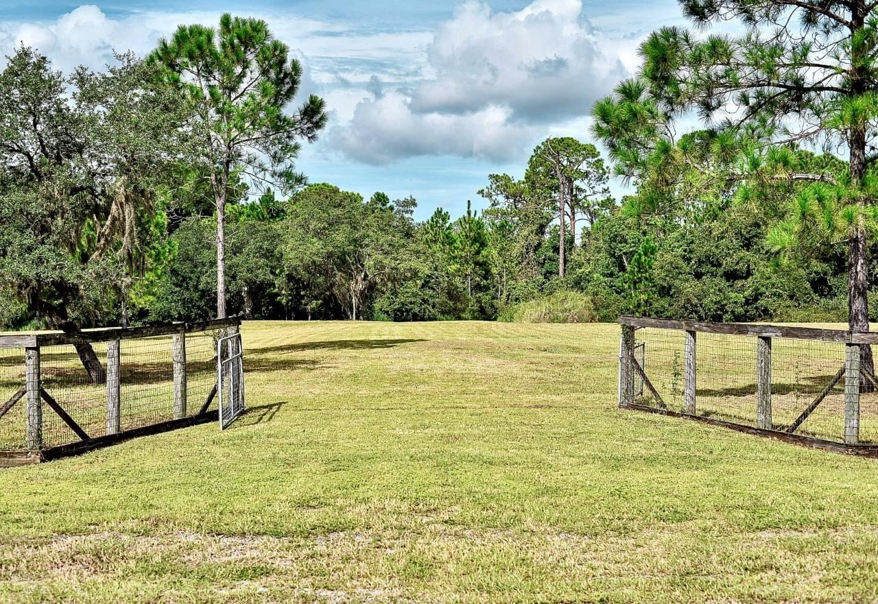 Photo of 463 LAKE MARION ROAD W, HAINES CITY, FL 33844 (MLS # O5974498)