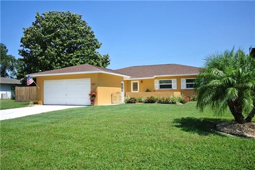 Photo of 507 CHEVY CHASE DRIVE, SARASOTA, FL 34243 (MLS # A4463501)