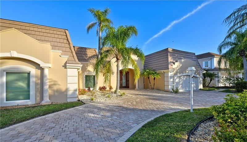 Photo of 635 MOURNING DOVE DRIVE, SARASOTA, FL 34236 (MLS # A4460501)