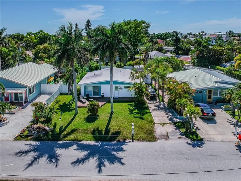 Photo of 2708 AVENUE B, HOLMES BEACH, FL 34217 (MLS # A4455502)