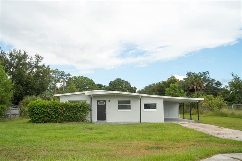 Photo for 2812 SAINT JOHNS PARKWAY, SANFORD, FL 32771 (MLS # O5816503)
