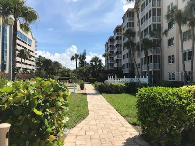 Photo of 800 BENJAMIN FRANKLIN DRIVE #202, SARASOTA, FL 34236 (MLS # A4437508)