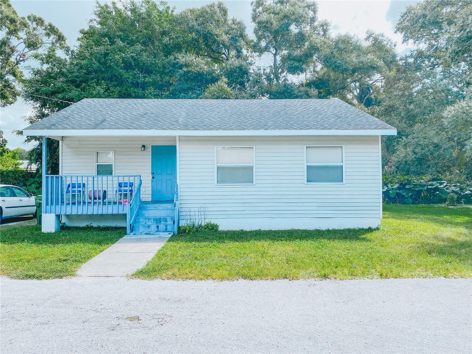 Photo of 3476 WINTON AVENUE, SARASOTA, FL 34234 (MLS # A4512510)