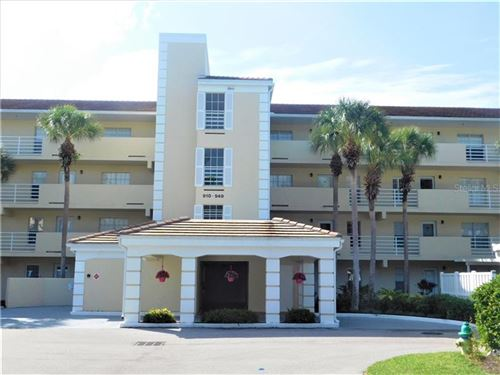 Photo of 927 WEXFORD BOULEVARD #927, VENICE, FL 34293 (MLS # N6112511)