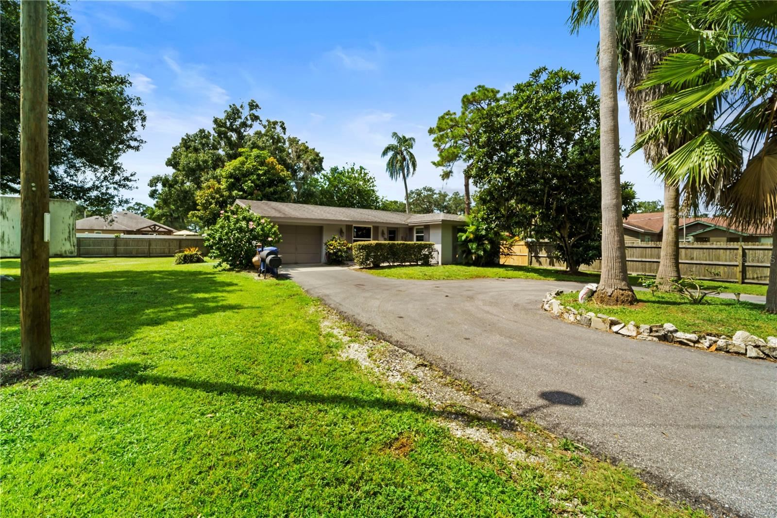 419 HOULE AVENUE, Sarasota, FL 34232 - #: A4512512