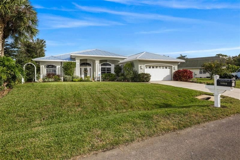 11552 SW COURTLY MANOR DRIVE, Lake Suzy, FL 34269 - #: C7425515