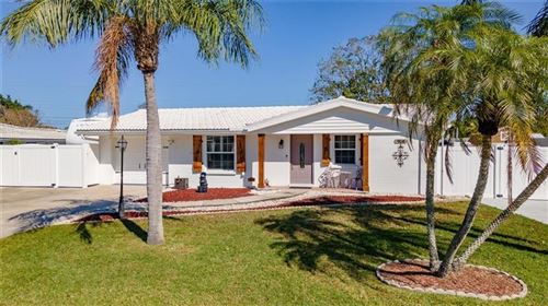 Photo of 904 FRUITLAND AVENUE, BRADENTON, FL 34207 (MLS # A4492516)