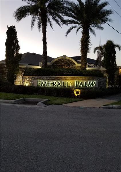 Photo for 4548 EMERALD PALMS DRIVE, WINTER HAVEN, FL 33884 (MLS # L4912516)