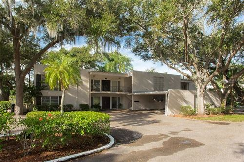 Photo of 5 COUNTRY CLUB DRIVE #5, LARGO, FL 33771 (MLS # U8071517)