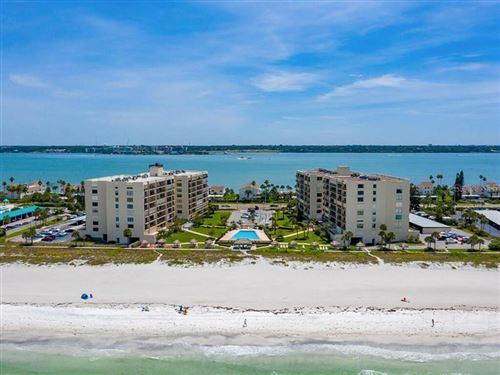 Photo of 1430 GULF BOULEVARD #404, CLEARWATER, FL 33767 (MLS # U8102517)