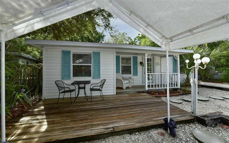 648 CALLE DE PERU, Sarasota, FL 34242 - #: A4481519