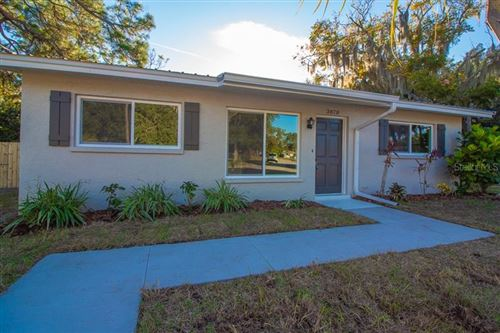 Photo of 3870 HAWKEYE CIRCLE, SARASOTA, FL 34232 (MLS # A4453521)