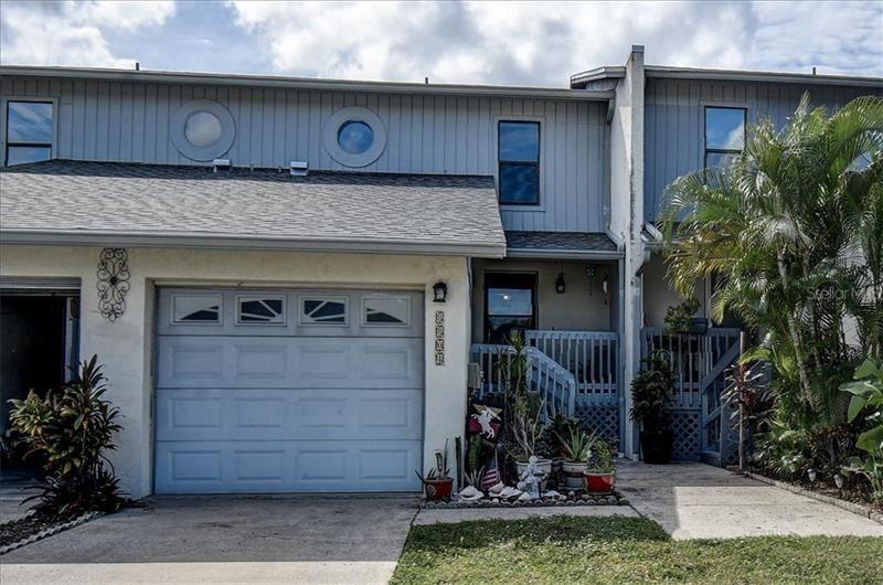 8804 LAGOON STREET, Tampa, FL 33615 - #: T3272522