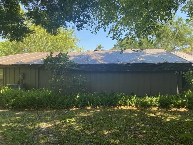 Photo of 1304 WATER OAK WAY N #28, BRADENTON, FL 34209 (MLS # U8118522)