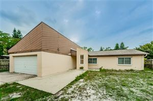 Photo of 637 BAMBOO DRIVE S, ST PETERSBURG, FL 33707 (MLS # U8037524)