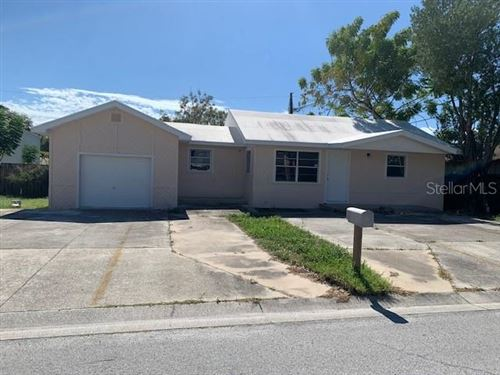 Photo of 2647 HARBOR CIRCLE, CLEARWATER, FL 33759 (MLS # U8102524)