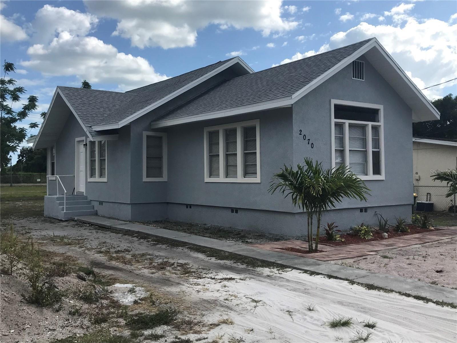 2070 28TH STREET, Sarasota, FL 34234 - #: A4501525