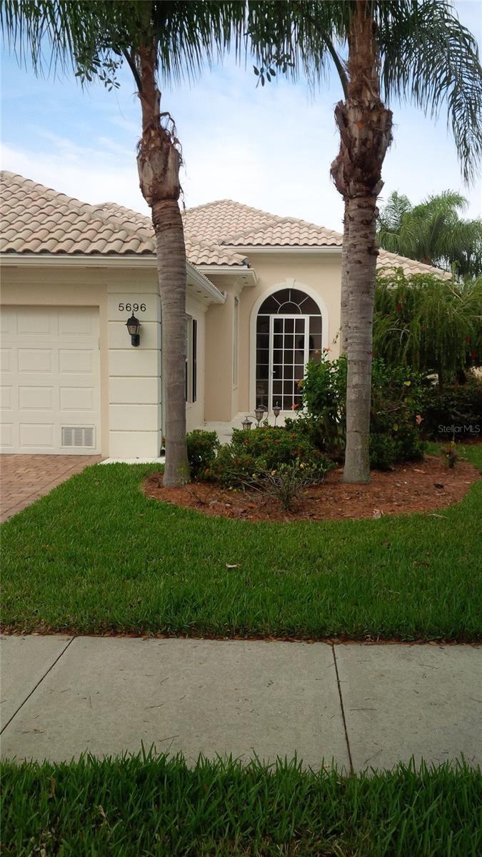 5696 FERRARA DRIVE, Sarasota, FL 34238 - #: A4512526