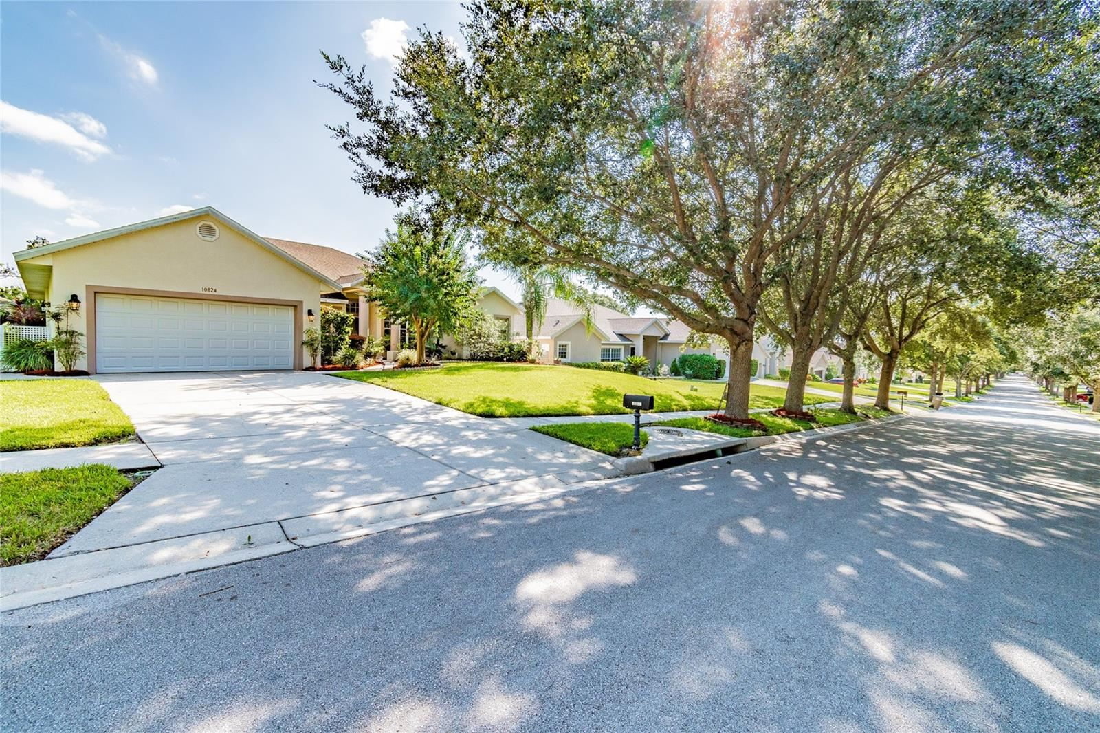 Photo of 10824 MASTERS DRIVE, CLERMONT, FL 34711 (MLS # O5975529)