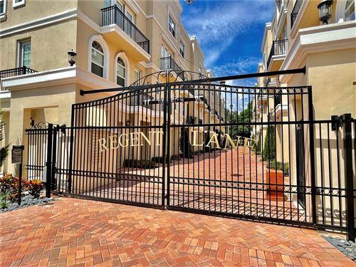 Photo of 424 REGENT LANE N, ST PETERSBURG, FL 33701 (MLS # U8136531)