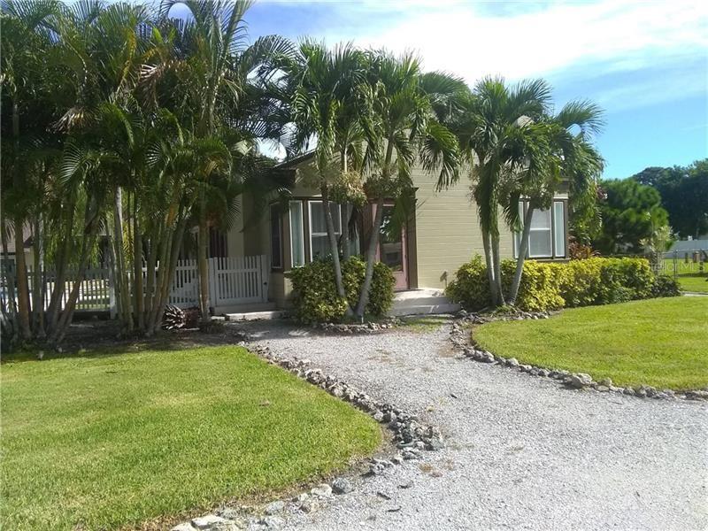 343 HERNANDO AVENUE, Sarasota, FL 34243 - #: A4477531